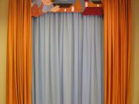 Оранжевые шторы в интерьере — смелое решения сочетания (60 фото)