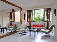 Зеркала в гостиной — как визуально расширить пространство? 85 фото дизайна!